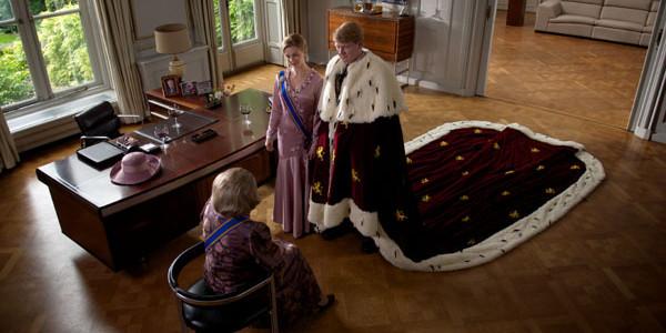Crowns & Jewels: Beatrix, Orange Under Fire