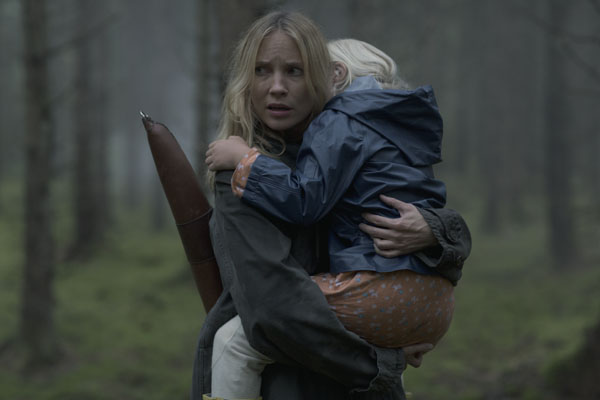 Jordskott - Moa Gammel as Eva Thörnblad