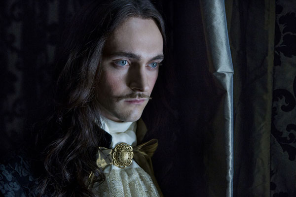 Versailles George Blagden as Louix XIV